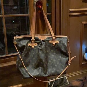 Used Large Louis Vuitton classic purse